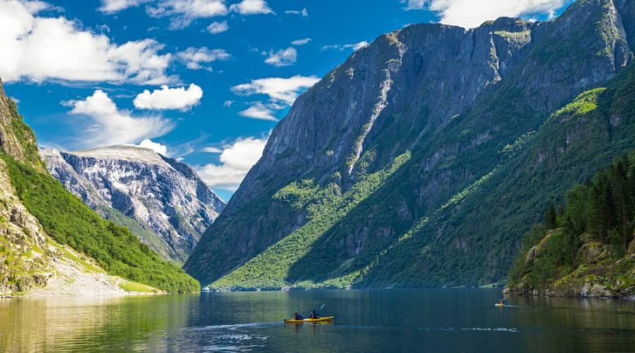 Naeroyfjord, Fly&Drive Norvegia