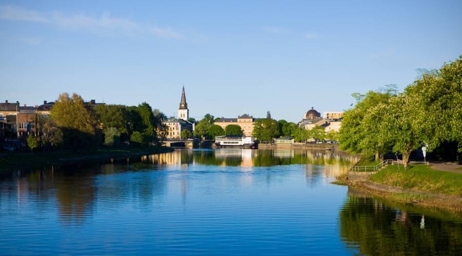 la città di Karlstad  sul fiume Klaralven