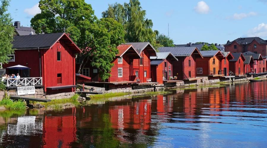 Porvoo: tipiche casette rosse in legno