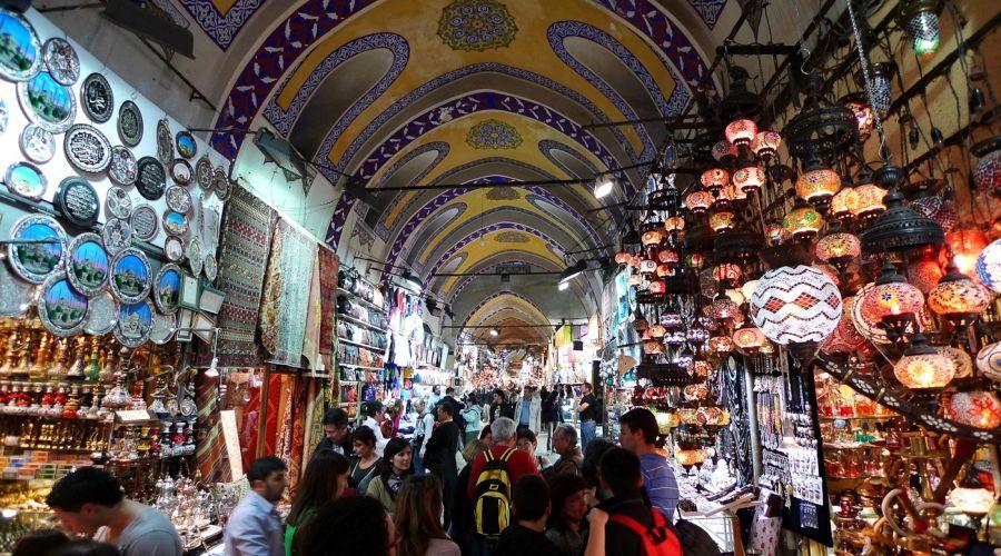Il famoso souk di Istanbul