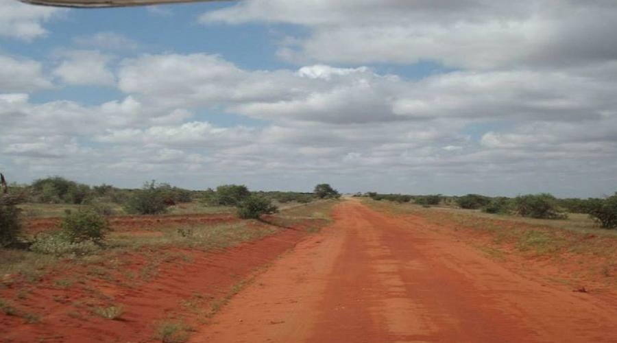 strada sterrata di terra rossa