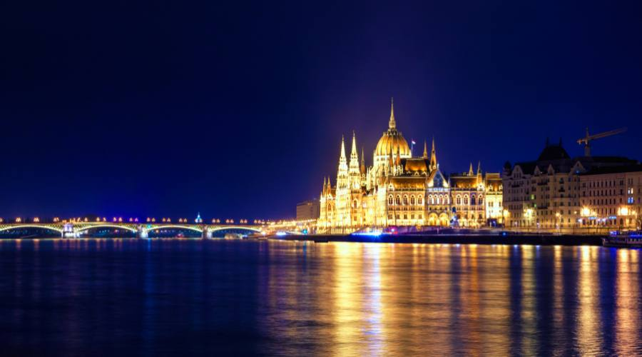 Budapest, luci sul Danubio