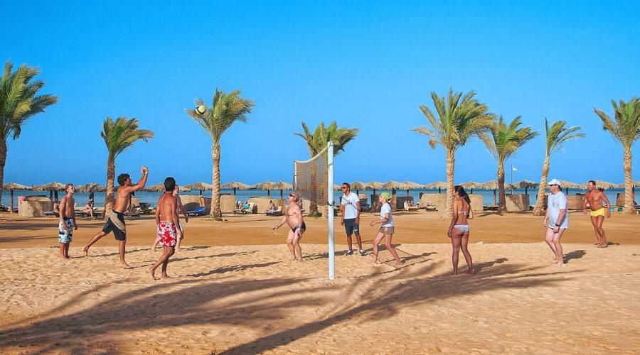 Campo da beach volley in spiaggia