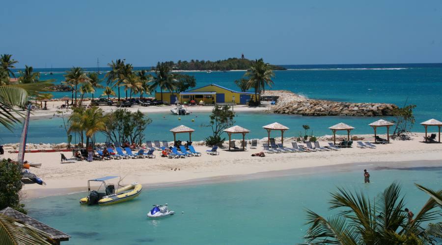 La spiaggia attrezzata dell'Hotel