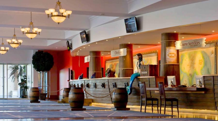 Algoquin's Explorers Hotel ***