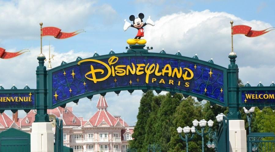 L'ingresso di Disneyland Park