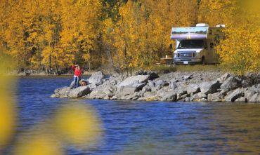 Un viaggio con un camper a noleggio a contatto con la natura incontaminata canadese