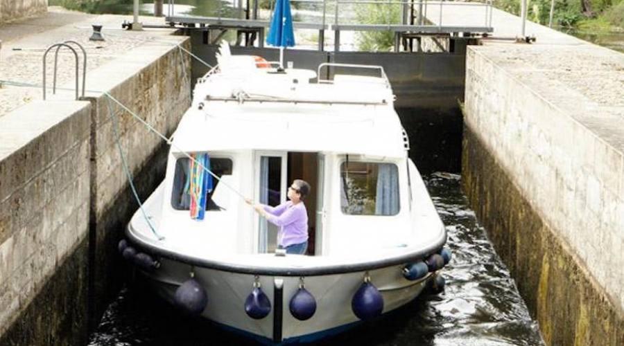 houseboat Calypso