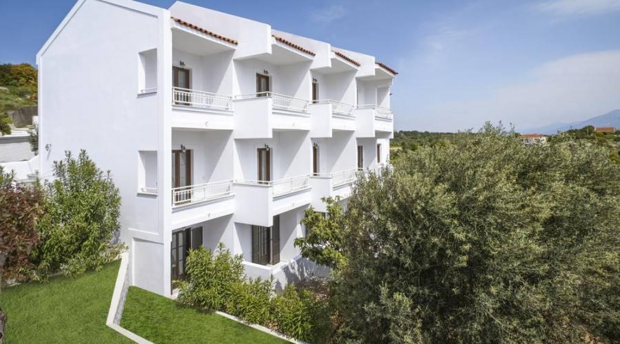 Lithos Hotel