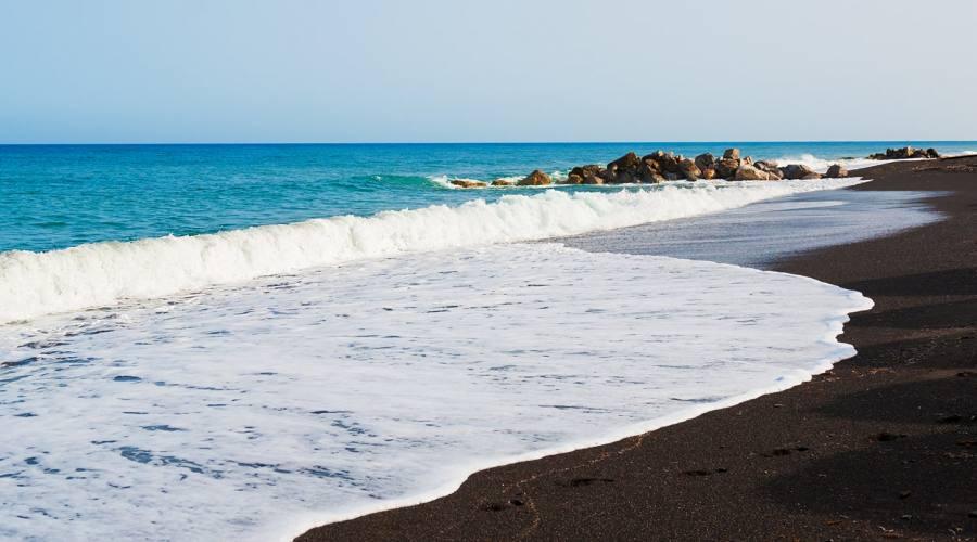 La spiaggia nera di Perissa