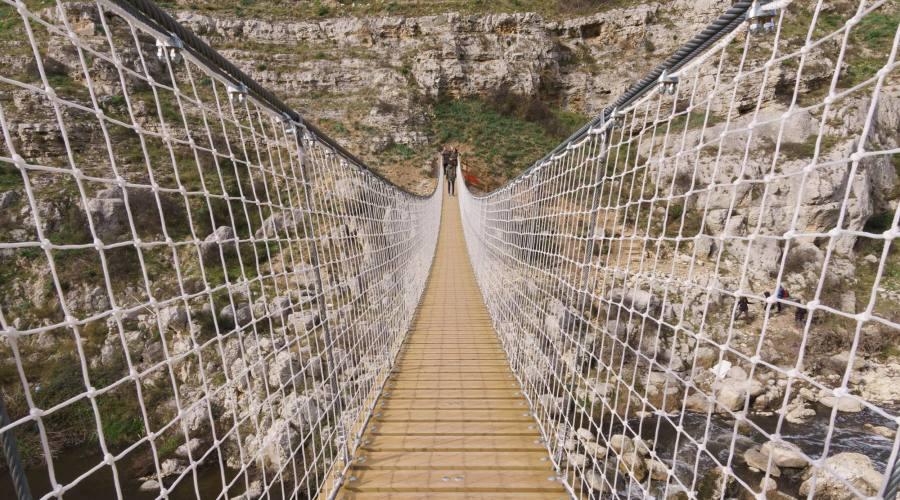 Ponte nepalese a Matera