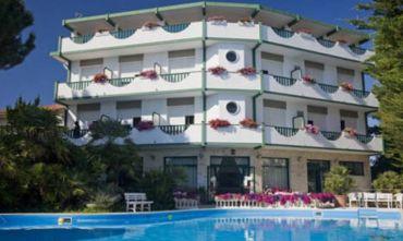 Hotel 3 stelle sulla Riviera del Conero
