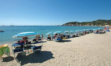 Hotel 4 stelle sulla bellissima spiaggia di Marina di Campo