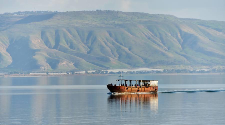 Barca sul Lago di Galilea