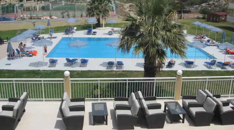 La piscina vista dall'alto...