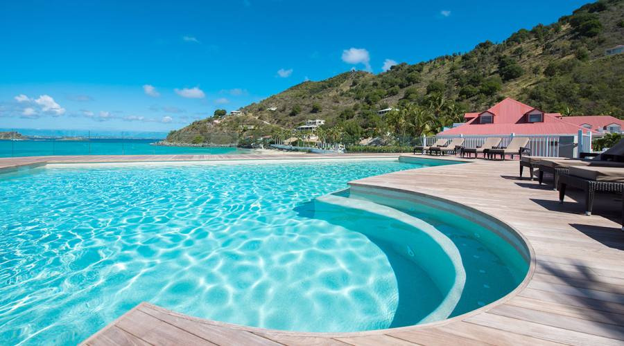 La piscina con vista oceano, Grand Case Beach Club