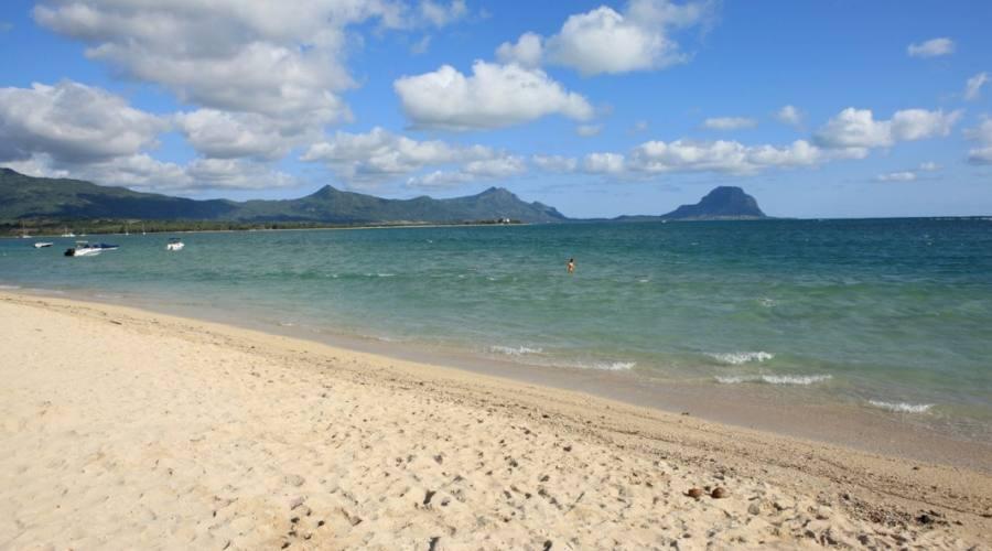 La spiaggia di Tamarin