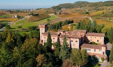 Un castello fra vigneti del Collio e campo da golf