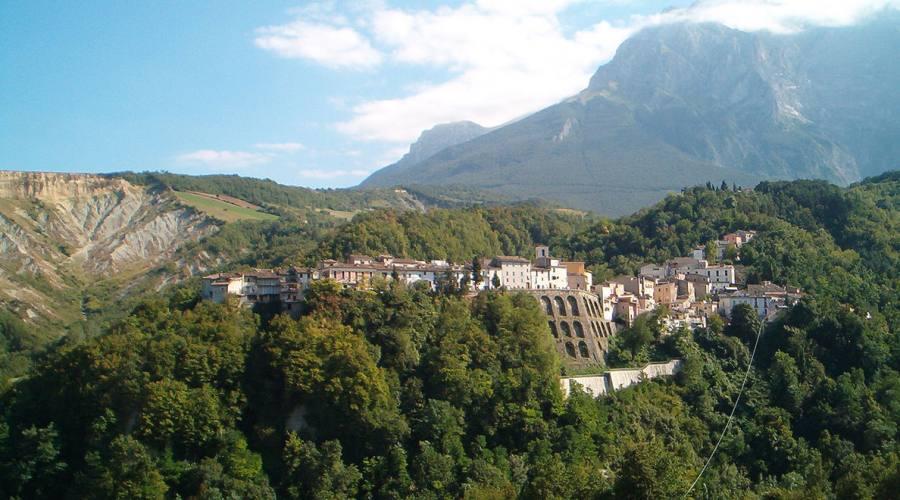 Castelli (Teramo)
