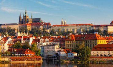 Tour delle quattro capitali: magiche atmosfere d'Europa