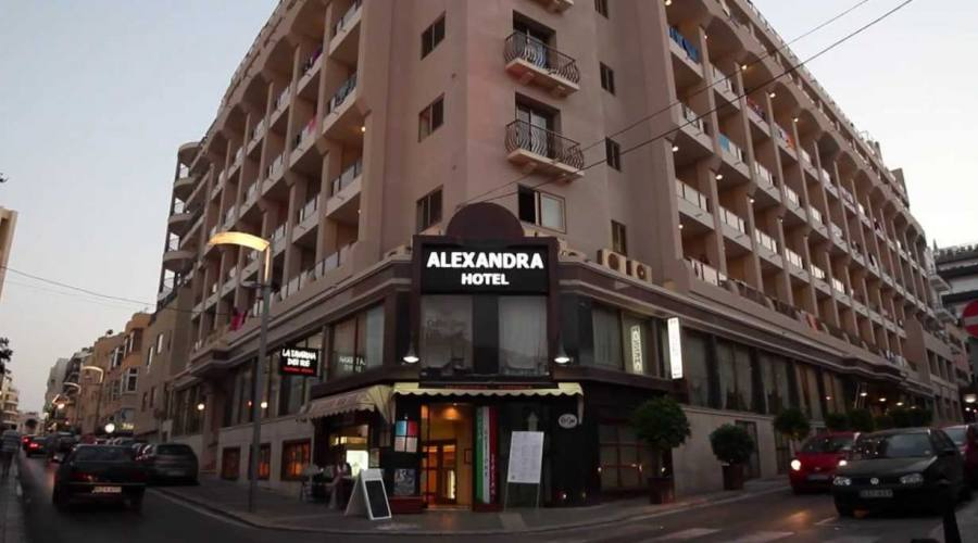 Alexandra Palace: Esterno