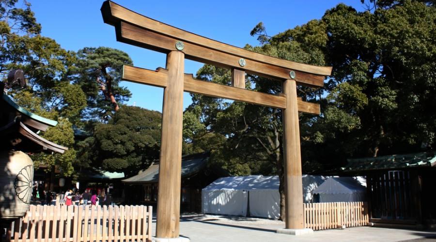 L'entrata del Santuario Meiji-Jingo a Tokyo