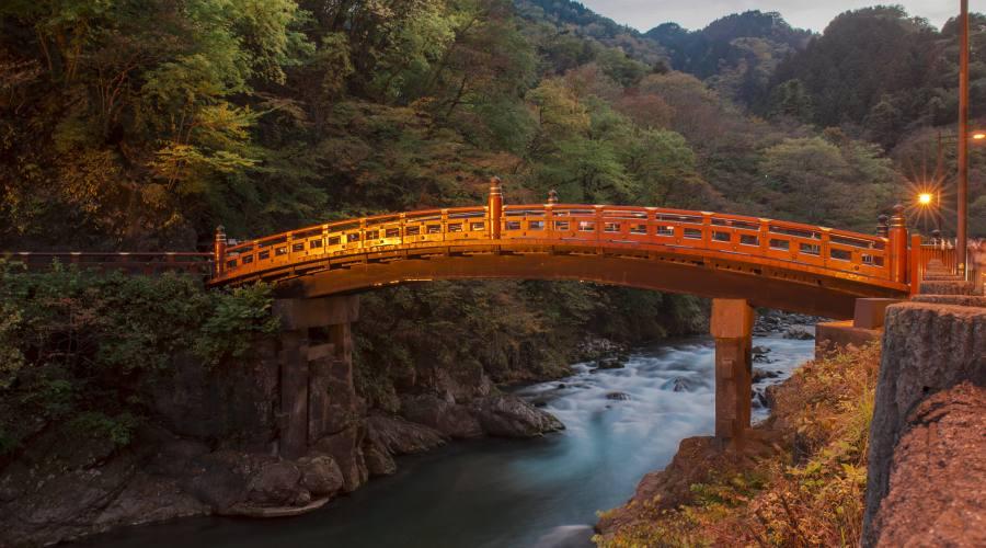 Il ponte Shinkyo a Nikko