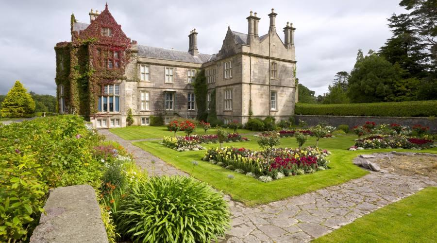 Muckross House e i giardini del Parco Nazionale di Killarney