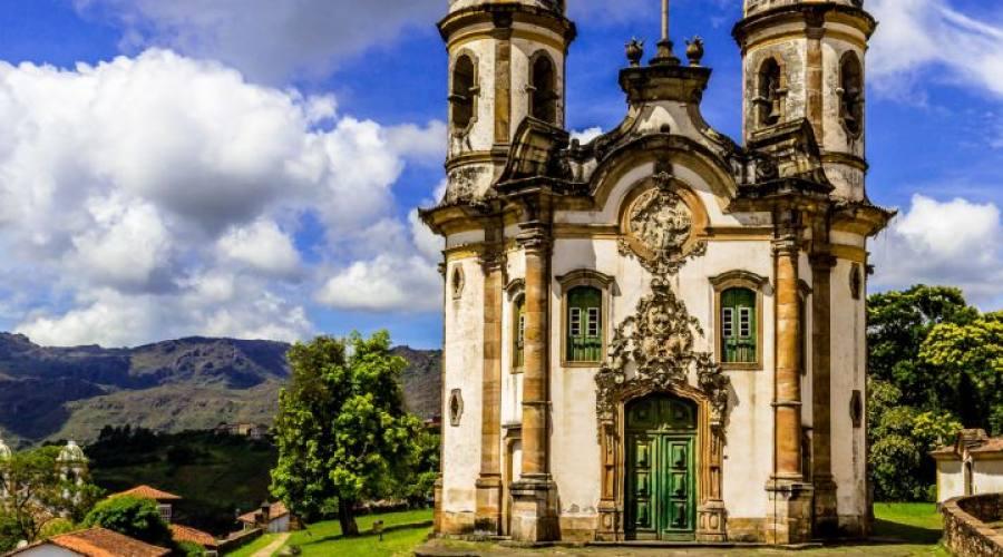 Tour delle Città Coloniali: Ouro Petro