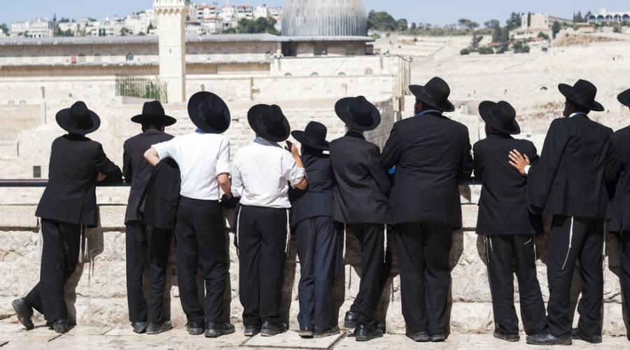 Gerusalemme - Gruppo di ultraortodossi