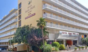 Hotel Oasis Park & Spa 4 stelle