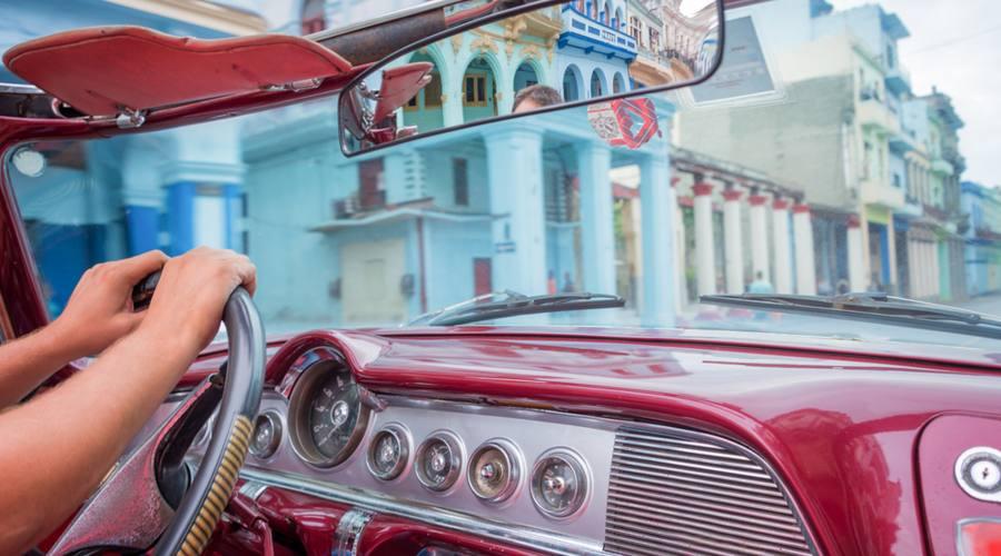Auto d'Epoca a Cuba