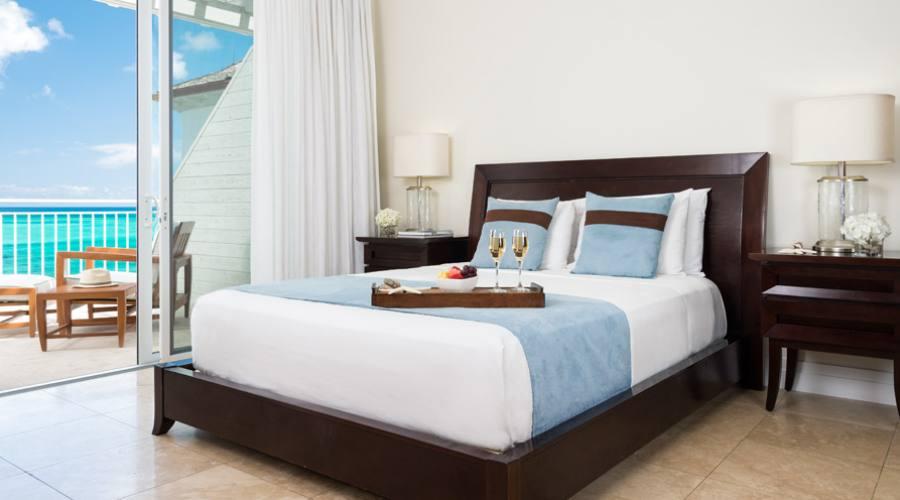 Ocean Front Luxury Three Bedroom Suite