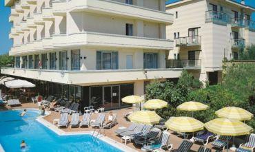 Hotel con Centro Benessere a due passi dal mare!