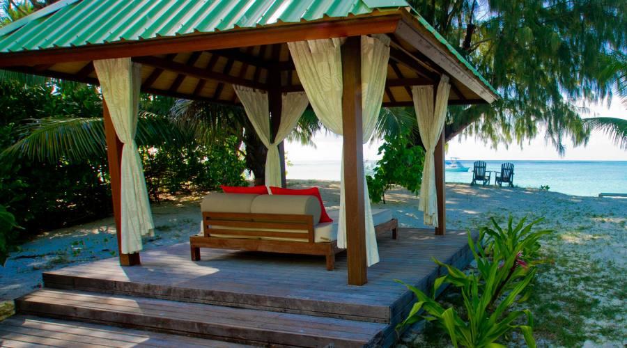Deluxe Beachfront cottage