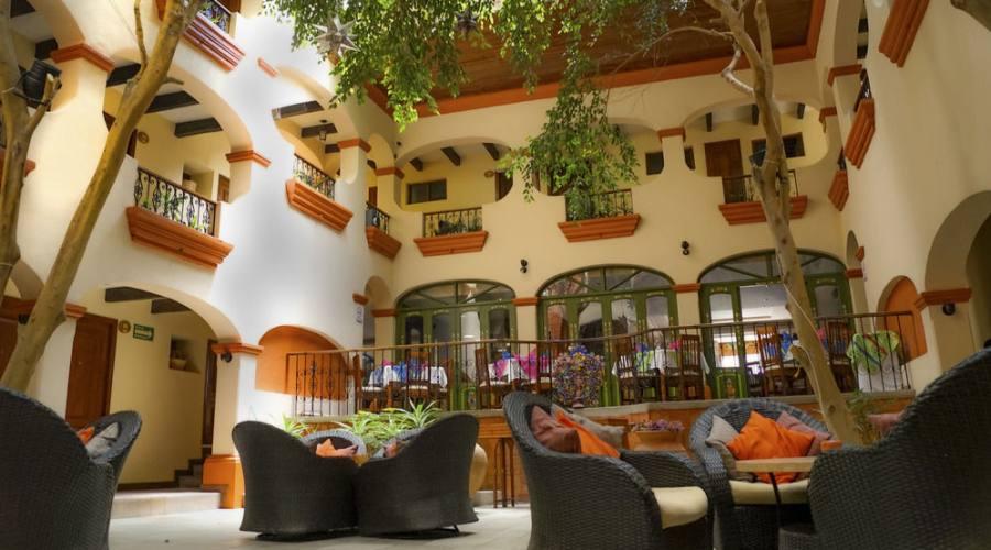 Sistemazione all'Hotel Mansion Del Valle o similare