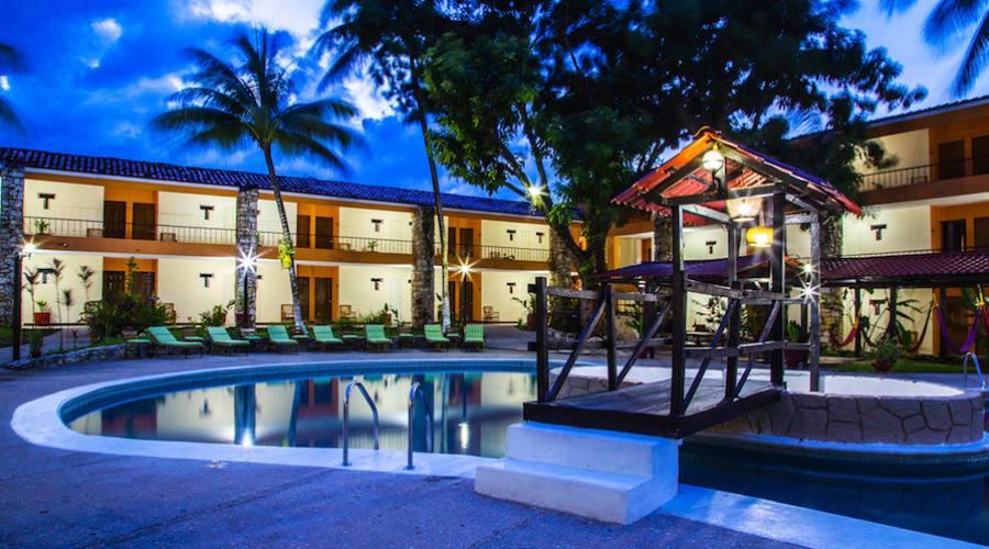 sistemazione all'Hotel Plaza Palenque o similare