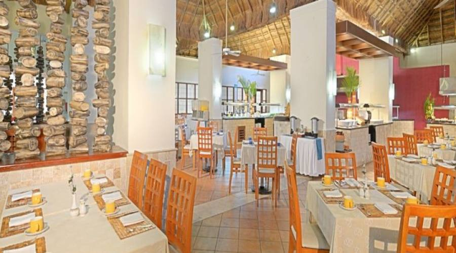 Occidental Allegro Playacar: Ristorante