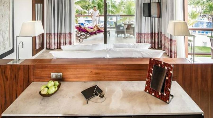 Barcelò Maya Beach: Suite Ocean Vista Piscina
