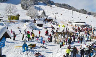 Natale sulla neve: divertimento e relax per tutti!!