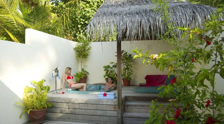 Interno Jacuzzi Beach Villa