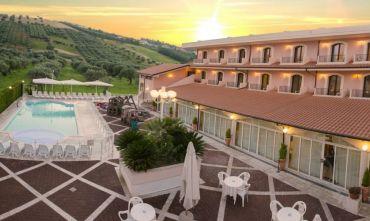 Una vacanza relax in un hotel 4 stelle a pochi metri dal mare!