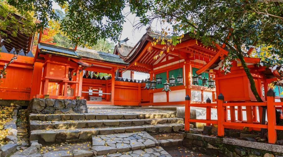 Il grande santuario shintoista Kasuga di Nara