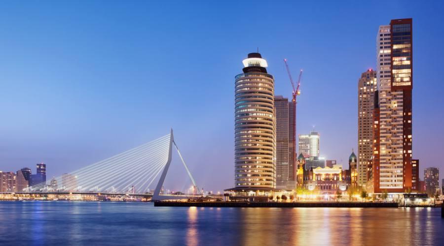 Rotterdam, skyline con il ponte Erasmo