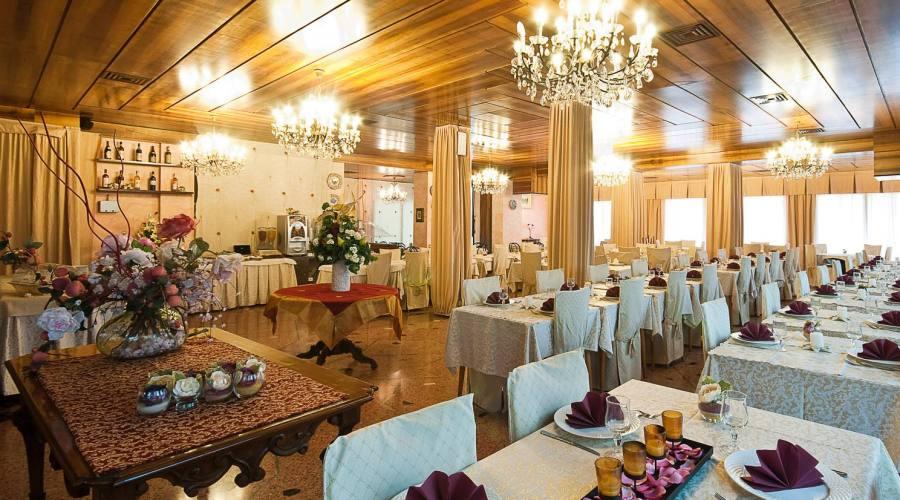 Sala da pranzo e colazione