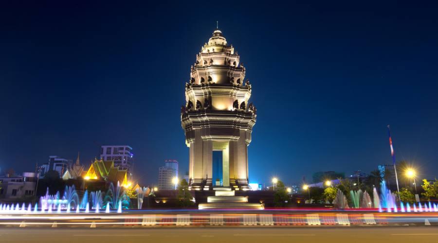 Monumento per l'indipendenza a Phnom Penh