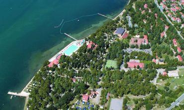 Villaggio turistico con hotel e appartamenti