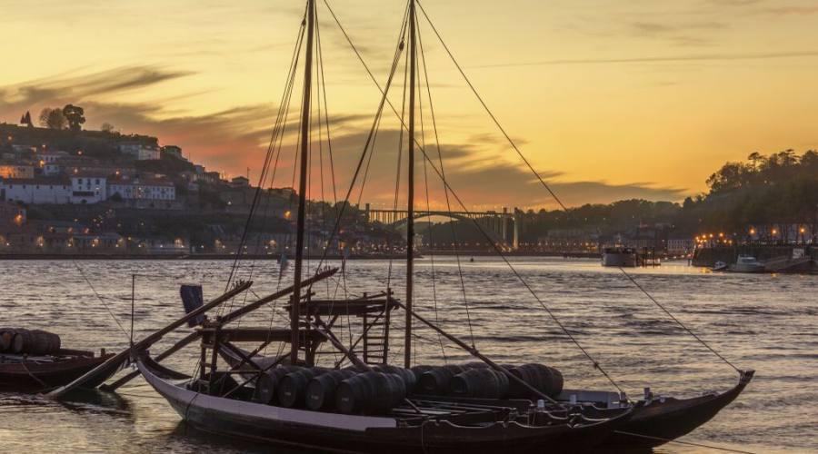Barca da vino Porto, ormeggiata