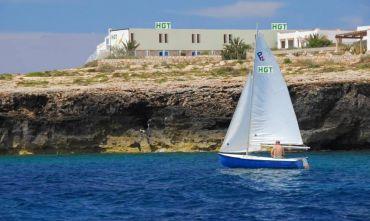 Un quadro pieno di colori nella splendida cornice Lampedusana.