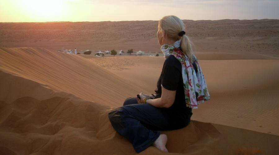 Wahiba Sands - tramonto sul campo tendato